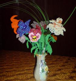 Ажурное плетение цветов из бисера