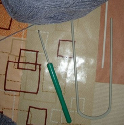 Вязание  крючком  на  вилке