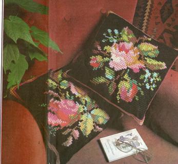 Подушки с розами